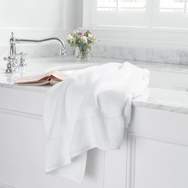Boll & Branch Luxury Bath Towel - White
