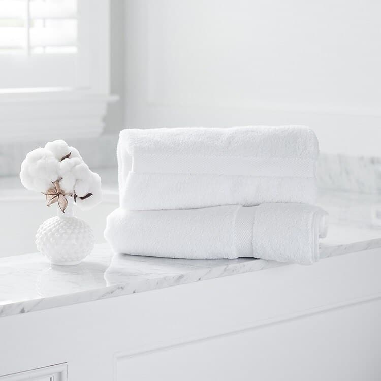 Boll & Branch Plush Bath Towel Set - White
