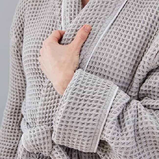 Boll & Branch Women's Waffle Robe - Pewter/White